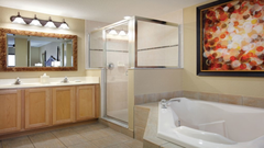 W-Palm Aire 2 Bedroom Deluxe (Royal Palm & Queen Palm)